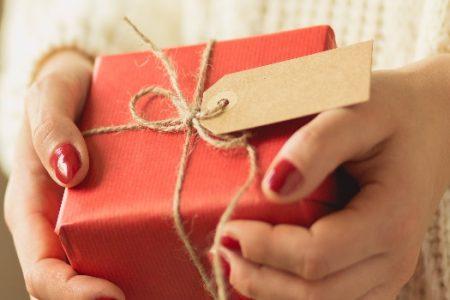 Cómo iniciar un negocio de regalos personalizados