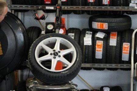 Consejos para comprar neumáticos de autos