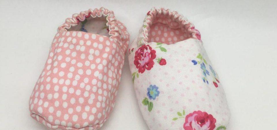 En qué fijarse a la hora de comprar babuchas para bebés